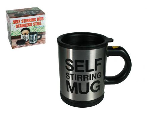 zelfroerende mok koffie
