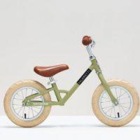 In stijl leren fietsen met een Veloretti loopfiets of kinderfiets